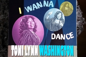 "Toni Lynn Washintons CD ""I wanna dance"". (Foto: Pär Dahlerus)"