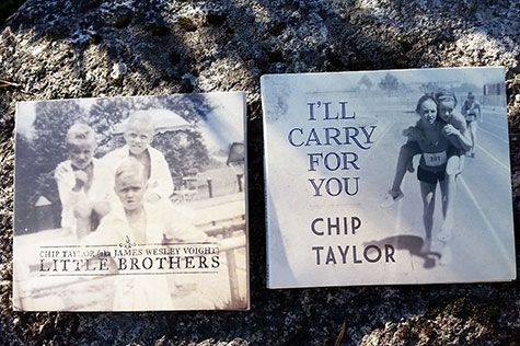 "Chip Taylors två album ""I'll carry for you"" och ""Little Brothers"" (Foto: Pär Dahlerus)"